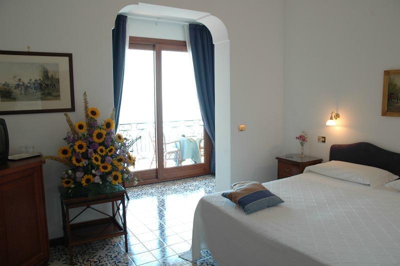 http://belvederehotel.it/wp-content/uploads/2014/12/double-1.jpg